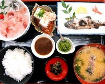 ひこ山食堂 image