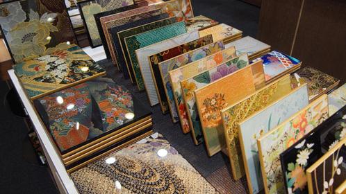 祇園で伝統あふれる京小物を見つけよう!