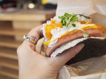 沖縄に来たら絶対食べたい!外せないお店&グルメ厳選33選