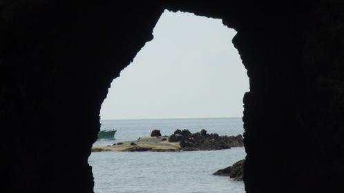 能登金剛の巌門