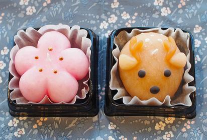 鹿と桜のキャンドル 2つで800円