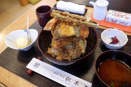 鎌倉やさい天丼 1450円(税別)