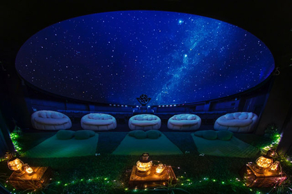 Rejuvenate in the heart of Tokyo at a healing planetarium