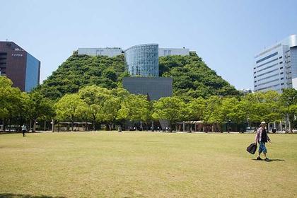 阿库罗斯福冈 – 福冈的地标性生态建筑