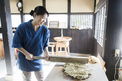 Experience the traditional crafts of Fukui