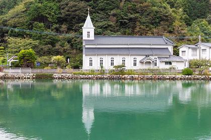 Visit Nakanoura Church, the Prettiest Chapel in the Islands