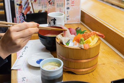 The Street Food of Tsukiji's Outer Market