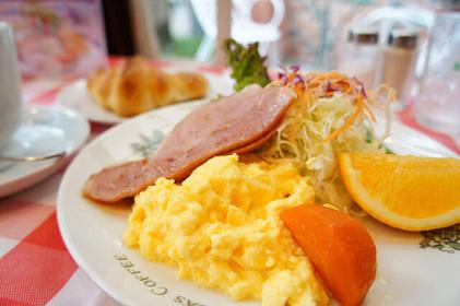 Breakfast in Kyoto