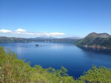 <美しい日本の中でも一級の美しい風景>釧路湿原・摩周湖コース
