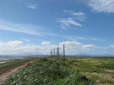 <海越えに見える国後島が美しい>野付半島・風連湖コース