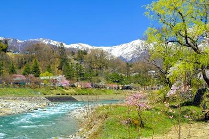 <渓谷の四季を感じよう>諏訪峡・谷川岳コース