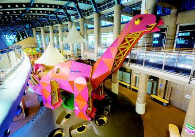 恐竜にプラネタリウムも。大人も子供も遊べる福井タウンのドライブコース