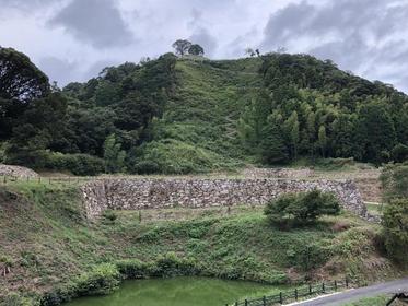 Gassan Toda Castle Ruins image
