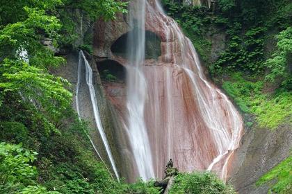 嫗仙(おうせん)の滝 image
