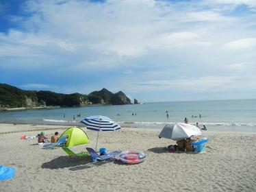 Ubara Beach image
