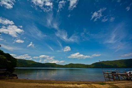俱多乐湖 image