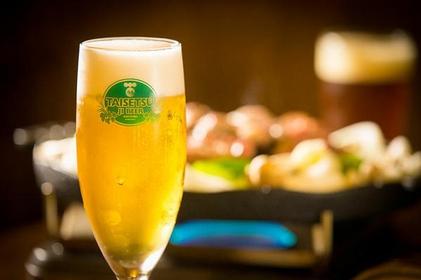 大雪地啤酒馆 image