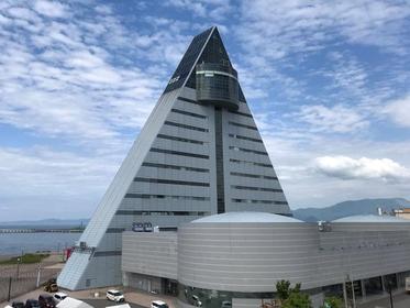 青森県観光物産館アスパム image