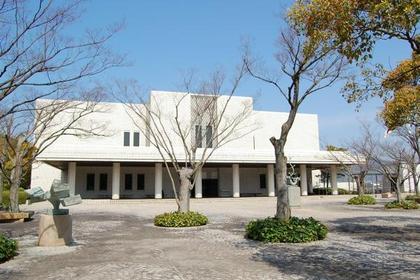 下关市立美术馆 image