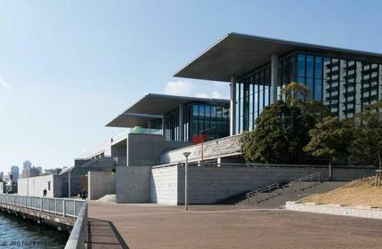 兵庫県立美術館「芸術の館」 image