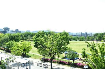 梅小路公园 image