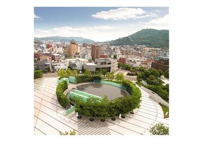 国立长崎原子弹爆炸死亡者追悼和平祈念馆 image