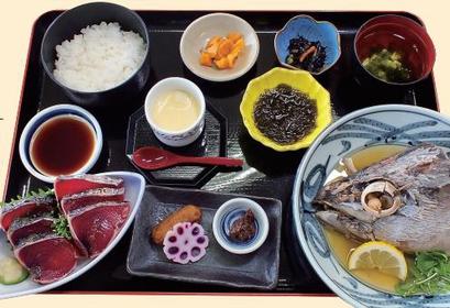 Makurazaki Fish Center image
