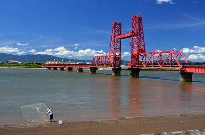 Chikugo River Lift Bridge image