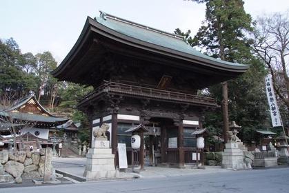 日牟禮八幡宮 image