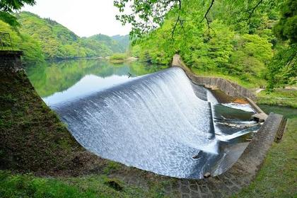하쿠스이 저수지 제방(하쿠스이 댐) image