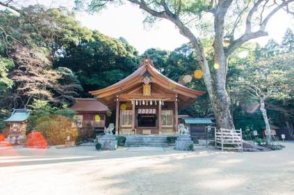 Kamado-jinja Shrine image