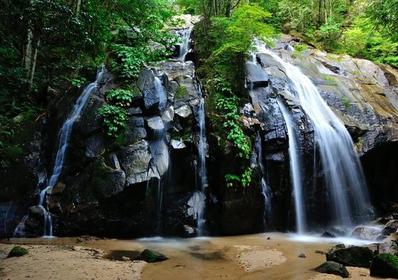 Kanabiki Waterfall image
