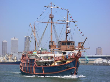 大阪港帆船型觀光船SANTAMARIA image