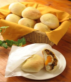 CEYLON Tea & Bread image