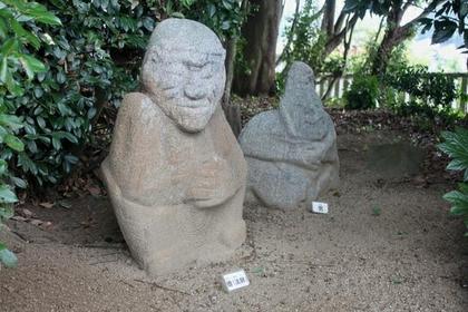 猿石 image