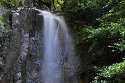Momonoo-no-Taki Falls image