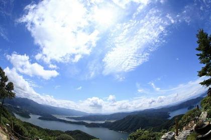 미카타고코 호수 image