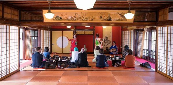 Maiko Teahouse and Hina Doll Gallery Somaro image