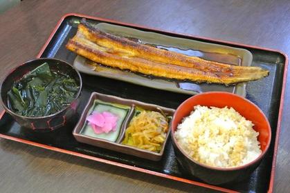 산리쿠 해산물요리 다카라야 식당 image