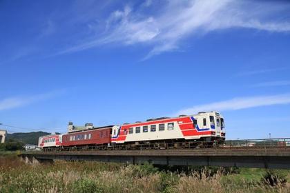 三陆铁道 image