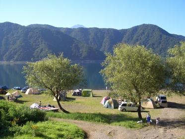 Lake Saiko Jiyu Campground image