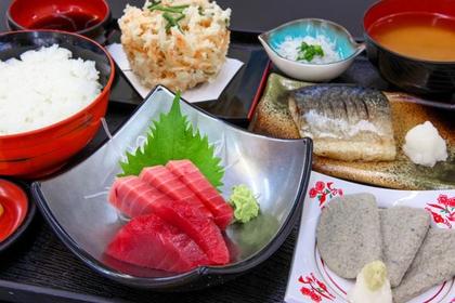 고가와항 어시장 식당(우오가시 쇼쿠도) image