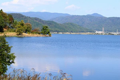 余吴湖 image