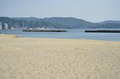 片男波海岸 image