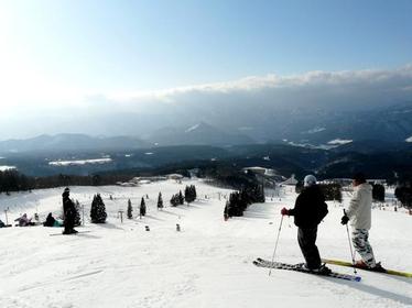 鹫岳滑雪场 image