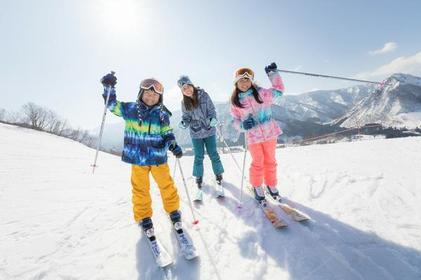 湯澤中里滑雪度假村 image