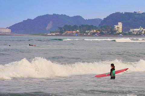 Surfing in Miyazaki