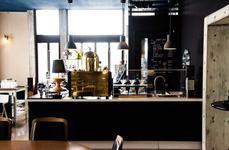 それがこちら、「喫茶室baton」さん。