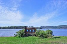 軽く湖畔を散策するのにもピッタリ!