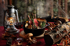 秋の狩猟肉ディナー